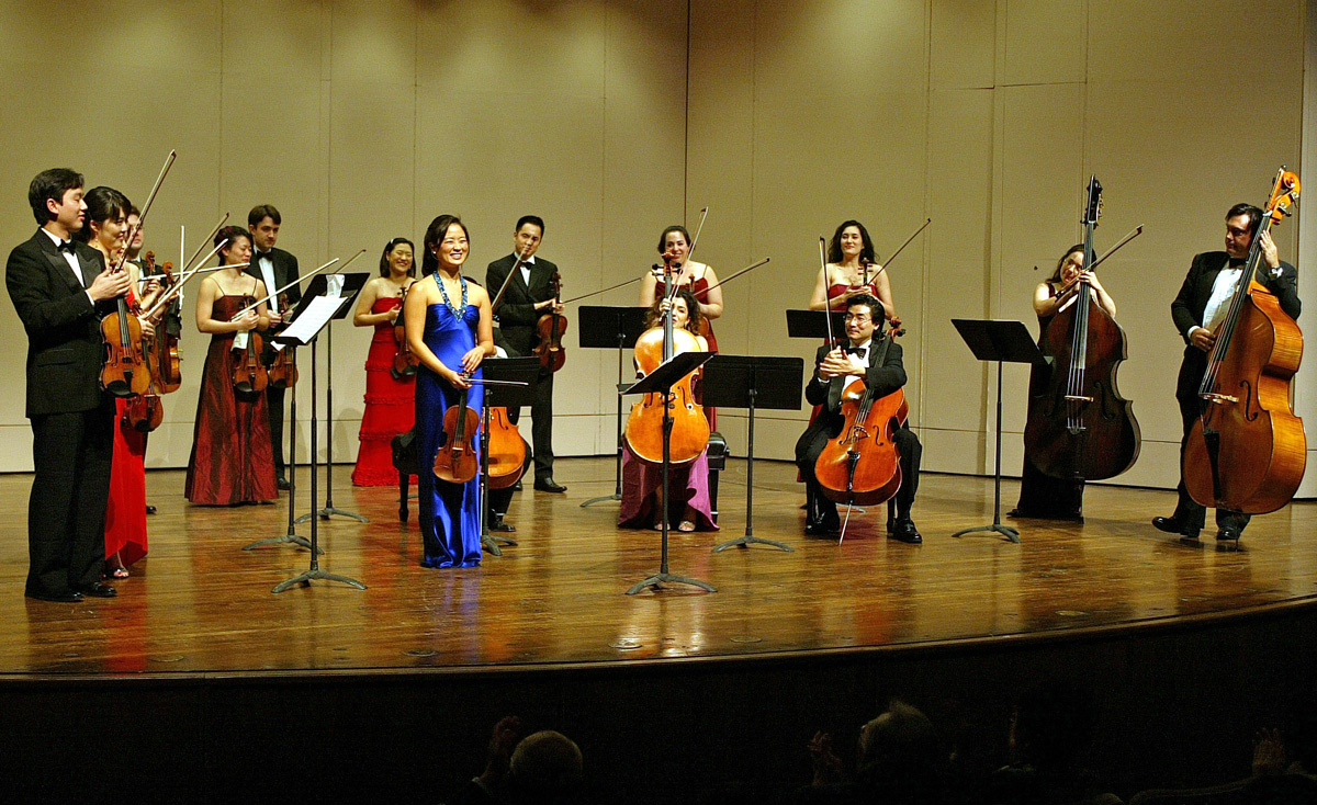 At the anniversary concert, the former soloist of the group VIA Gra showed an intimate place 08.11.2010 18